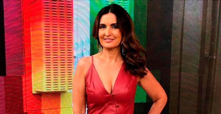 Filha de Fátima Bernardes ostentou a boa forma de biquíni