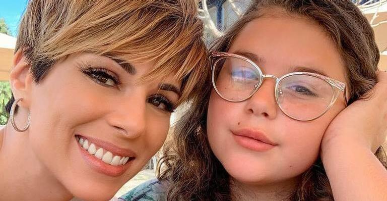 Ana Furtado comemora a formatura da filha, Isabella: ''Meu amor''