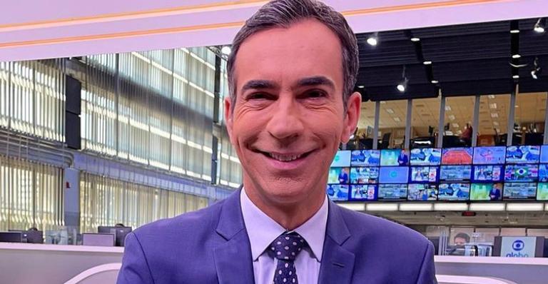 Cesar Tralli usa as redes sociais para celebrar a sua primeira dose da vacina contra a Covid-19
