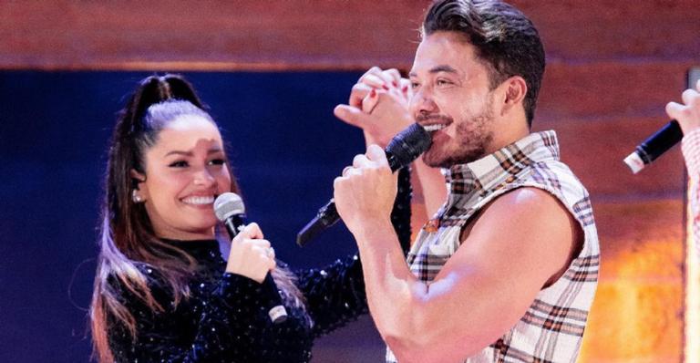 Juliette solta a voz durante a live de Wesley Safadão e arrasa