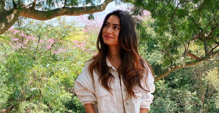 Thaila Ayala presencia paisagens deslumbrantes durante viagem especial