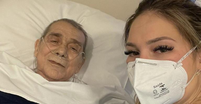 Virgínia Fonseca surge ao lado do pai e fala sobre estado de saúde
