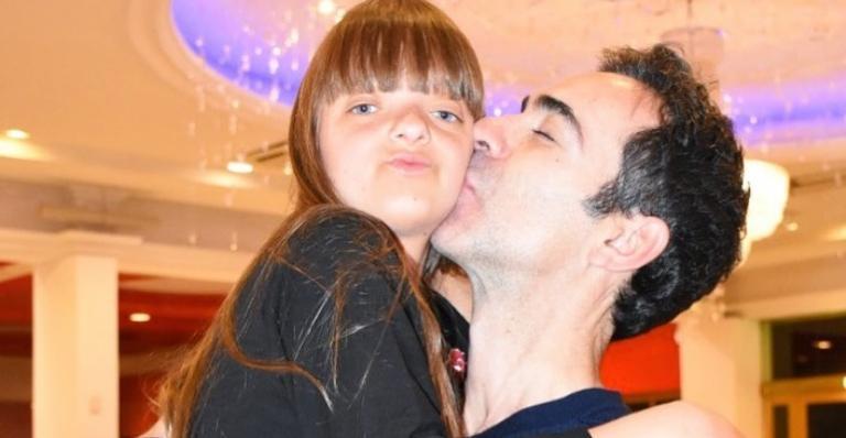 Cesar Tralli comemora aniversário de Rafaella Justus: ''Sou um paidrasto muito sortudo''