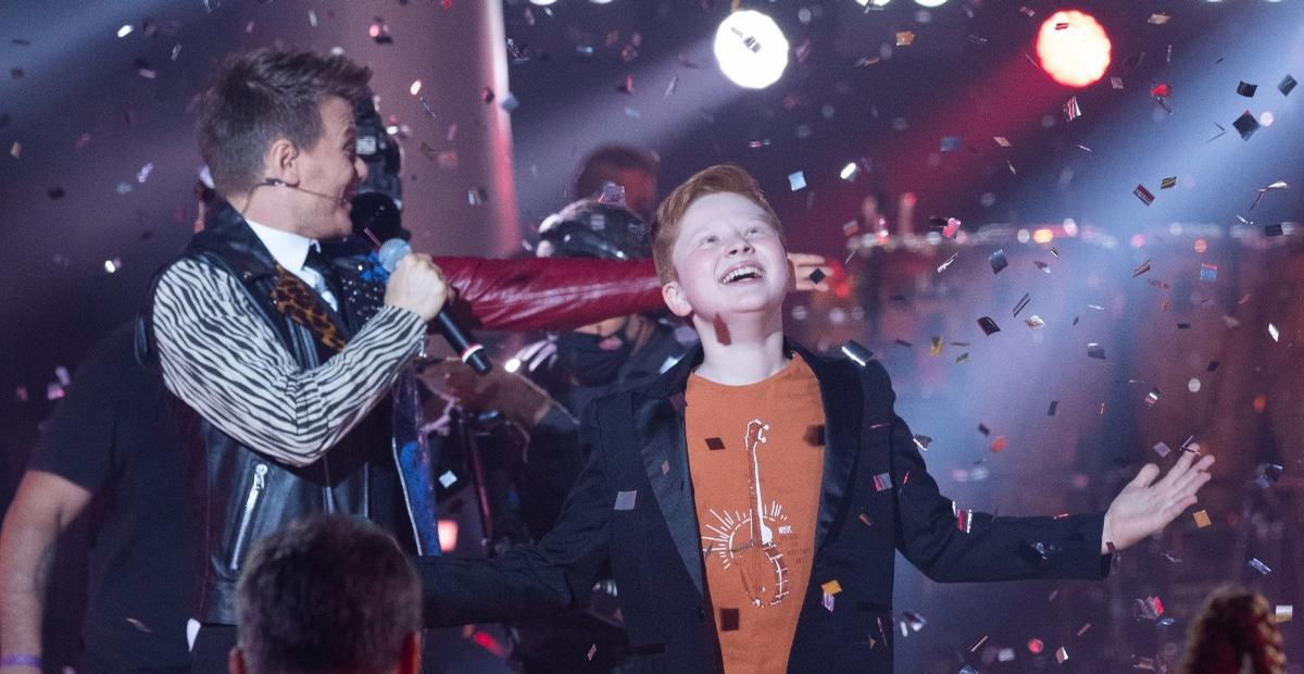 Gustavo Bardim vence sexta temporada do 'The Voice Kids', e cantor Michel Teló se torna técnico hexacampeão no programa