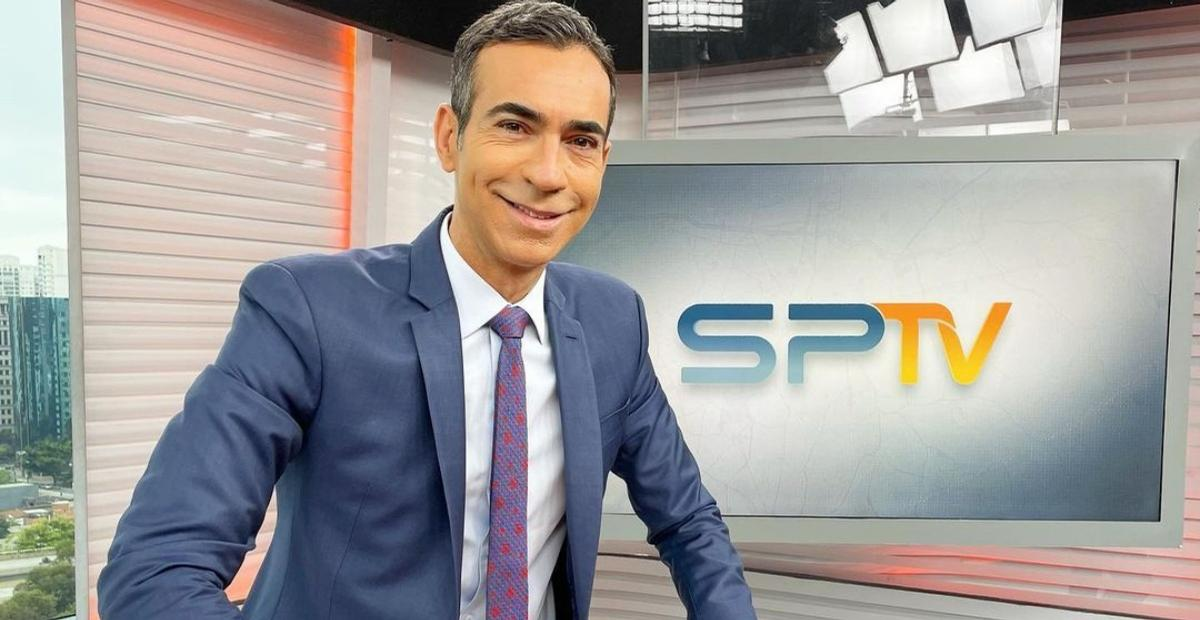 Ao vivo, o jornalista César Tralli se despediu do comando do 'SP1' e fez um agradecimento especial aos telespectadores