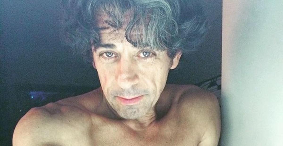 Aos 65 anos, Taumaturgo Ferreira posta cliques ousadíssimos e surpreende web: ''Uaaaaau arrasou''